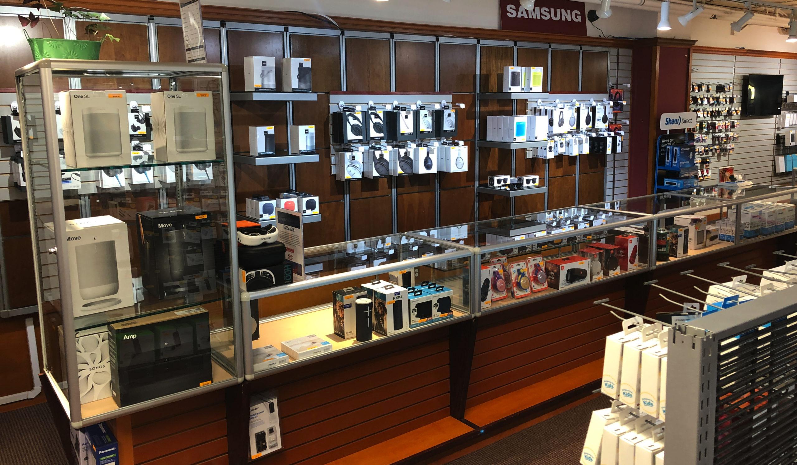 Personal electronics, bose, JBL